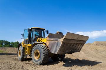 Heavy loader equipment machine