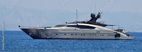 Luxuriöse Motoryacht am Meer - 55274871