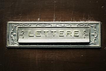 Antica cassetta della posta