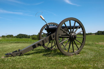 A Civil War era cannon on a ridge at Perryville, Kentucky.