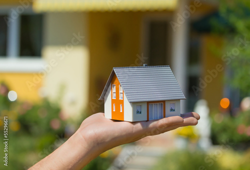 Vom Modellhaus zur Wirklichkeit