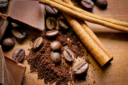 Chocolate, cinnamon and coffee