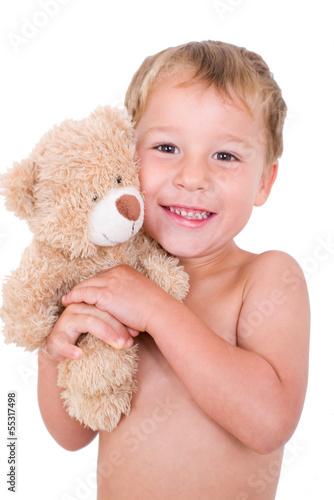 Kleiner Junge mit Schmuseteddy