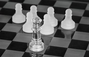 Lehrer Schüler symbolisiert als Schachspiel