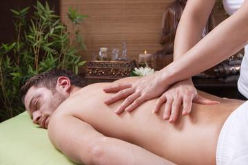 Rücken Massage - Mann