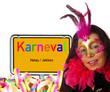 Frau mit Maske und Schild - Karneval