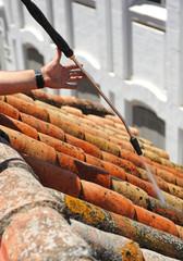 Limpieza del tejado tradicional