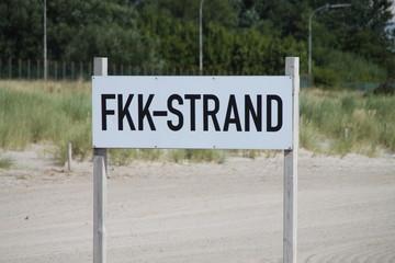 Ein FKK Schild