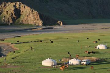 Village de Yourtes dans la vallée de l'Orkhon