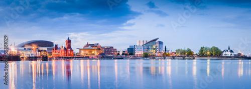 Staande foto Centraal Europa Cardiff Bay Cityscape
