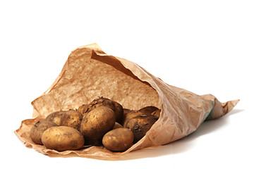 Biokartoffeln in der Papiertüte