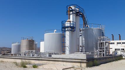 Fuel storage tanks in industry