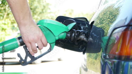 HD - Refuel the car