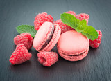 Macaroons with raspberries