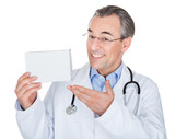 Doctor holding prescription note