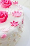 Decorative flowers on a cake