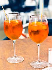 Aperitivo spritz in un bar di Venezia