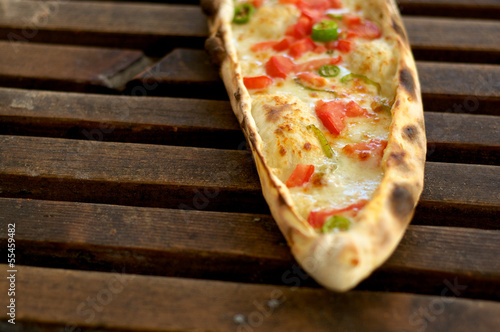Pide on wood