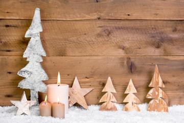 Rustikale Weihnachtsdekoration aus Holz als Hintergrund