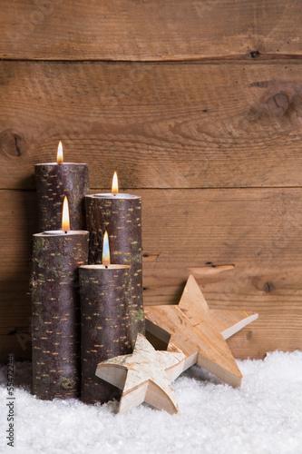 vierter advent weihnachtskarte mit vier kerzen holz stockfotos und lizenzfreie bilder auf. Black Bedroom Furniture Sets. Home Design Ideas