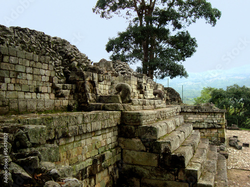 mayan architecture and copan ruins in Honduras
