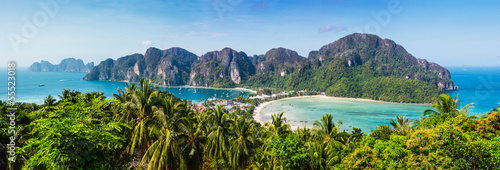 canvas print picture Beautiful view of Phi Phi island