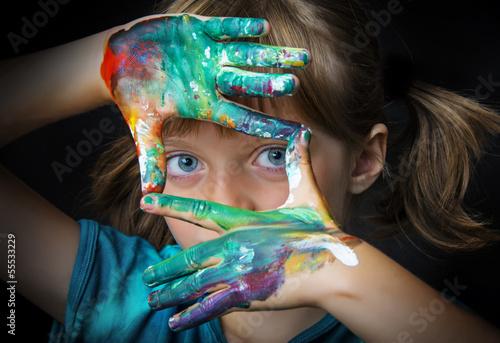Fototapeta little girl and water colors - portrait