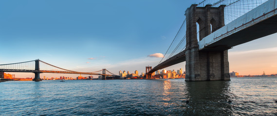 Manhattan Bridge panorama
