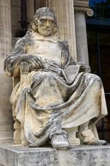 AVIGNON : STATUE DE PIERRE CORNEILLE