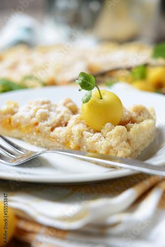 Streuselkuchen mit gelben Zibarten