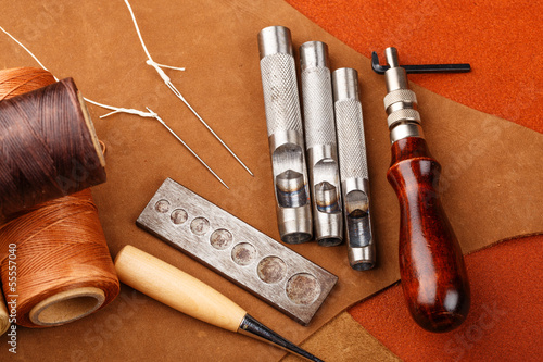 Craft tool for leather accessories