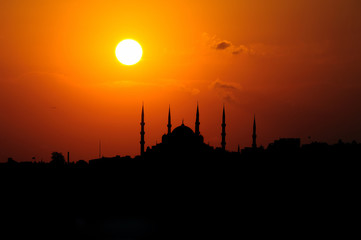 Blue Mosque in sunset-Golden Hours in istanbul