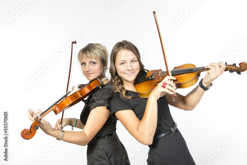 mother daughter violin duet