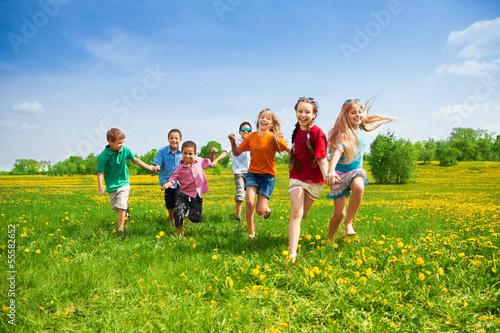 Leinwanddruck Bild Kids racing