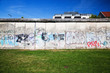 Leinwanddruck Bild - Berlin Wall Memorial with graffiti. The Gedenkstatte