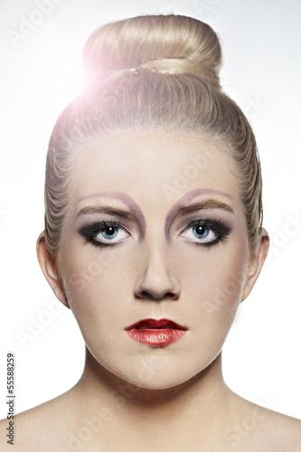 Frau mit perfekter Haut - Portrait