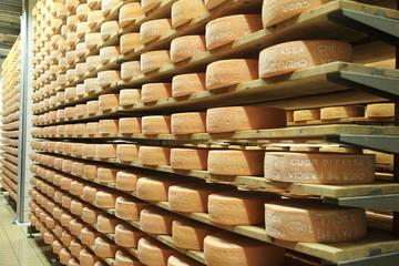 magazzino di formaggi