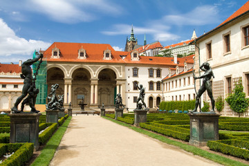 Waldstein palace garden (Valdstejnska Zahrada) and building of t