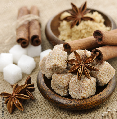Brown And White Cane Sugar,Cinnamon And Anise Star
