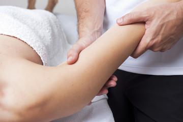 Oberarmmassage