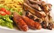 Carnes,patatas y ensalada