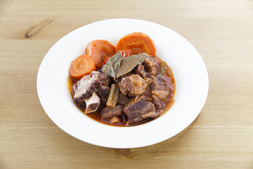 Delicious Oxtail Stew (with red wine)
