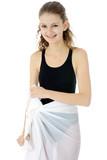 Teenager im Badeanzug mit Pareo poster
