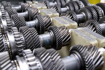 Schaltgetriebe Gearbox Zahnräder Auto Produktion