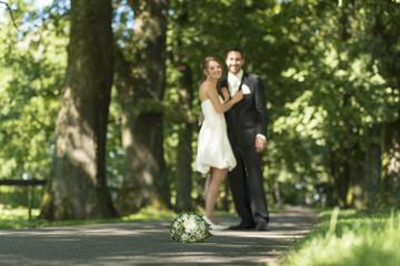 Liebespaar-Hochzeit
