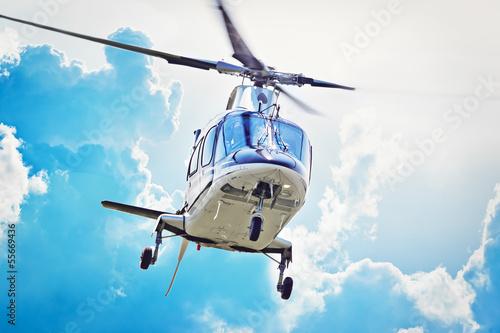 Keuken foto achterwand Helicopter VIP Hubschrauber im Anflug
