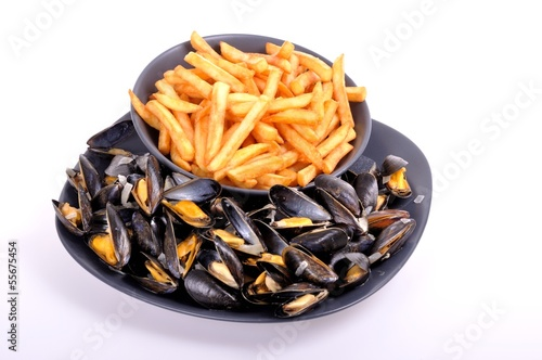 Moules frites - 55675454