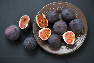 Still life food: figs, view from above