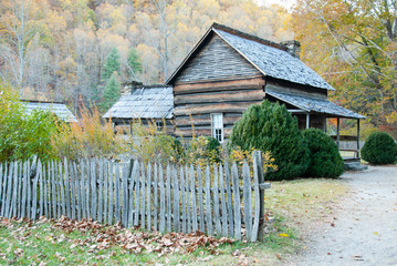 Smoky Mountain Pioneer Farm House