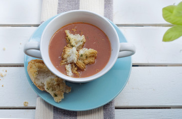 Spanish gazpacho and croutons
